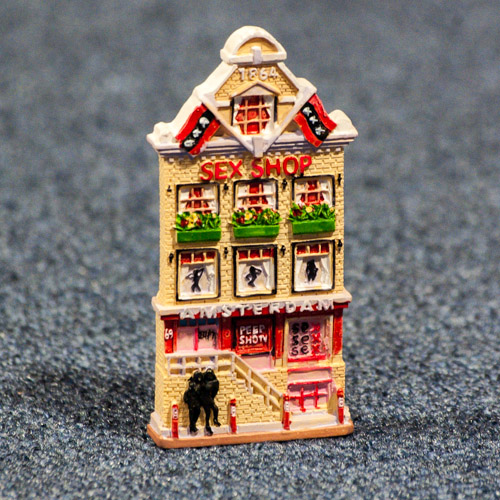 00007715-original-souvenir-from-holland-netherlands-amsterdam-house