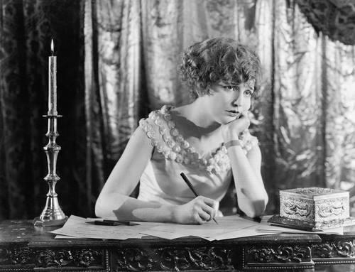 lady-writer